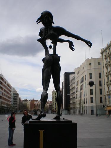 Plaza De Dali Homenaje A Newton Madrid A Photo On Flickriver