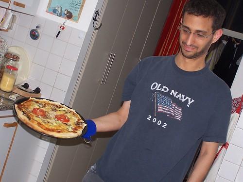 פיצה ביתית. צילום: עידוק