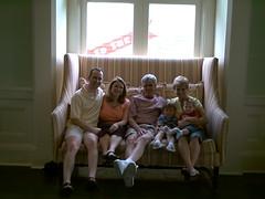 Couch potatoes (Scott Monty) Tags: vacation scott nanny drew will poppy mindi