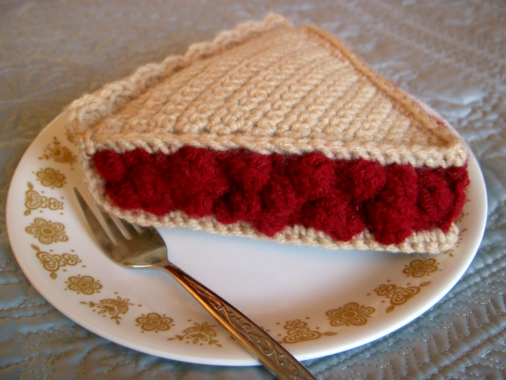 Topic: Free Pattern -- Crochet Cherry Pie Slice (Read 121709 times)