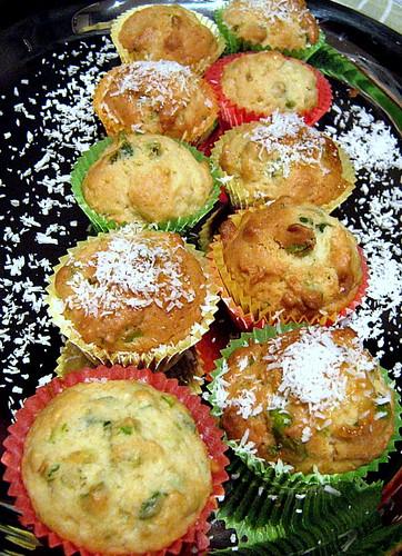 Mini muffin al cocco e pistacchi