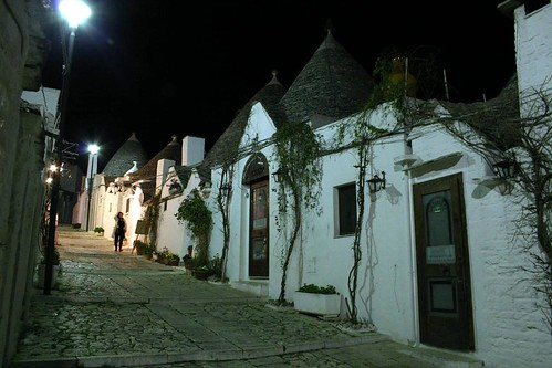 Rione Monti, Alberobello - the commercialized trulli
