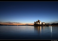 Waiting to see Dawn's crack (norbography) Tags: blue sky orange reflection water geotagged fun dawn bravo tags explore 500v50f vote tops sydneyoperahouse darkblue peopleschoice cloverfield blueribbonwinner artlibre 123f50 impressedbeauty superbmasterpiece img6710jpg auselite utata:project=upfaves toddnorbury wwwlandscape wwwpopular favewww wwwtop10 geo:lat=33854864 geo:lon=151210209