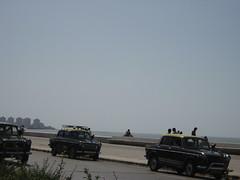 Valentine's day on Marine Drive (bluesmoon) Tags: mumbai valentinesday marinedrive seaface