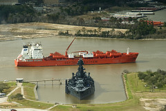 How Big Is A Battleship? (OneEighteen) Tags: port harbor marine ship houston maritime battleship pilot usstexas dreadnaught bowstar