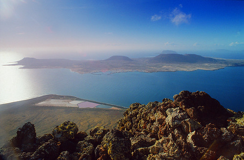 0722-150411 - La Graciosa seen from Lanzarote - Copyright by Martin Liebermann