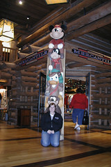 Lobby of Wilderness Lodge (CharacterHunters) Tags: wildernesslodge waltdisneyworldchristmas