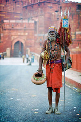 saddu (phitar) Tags: red india 2000 religion agra hindu topf100 sadhu redfort phitar