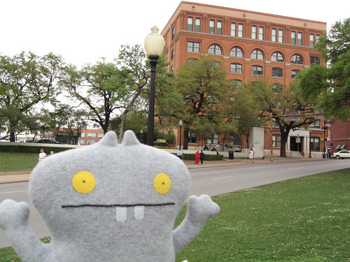 Traveling Babo Visits Dallas, Texas