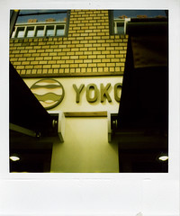 Yokoji Hamburger (gochie*) Tags: japan polaroid sx70 land osaka sonar 2007 autofocus yokojihamburger