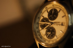 Sang Waktu / the TIME