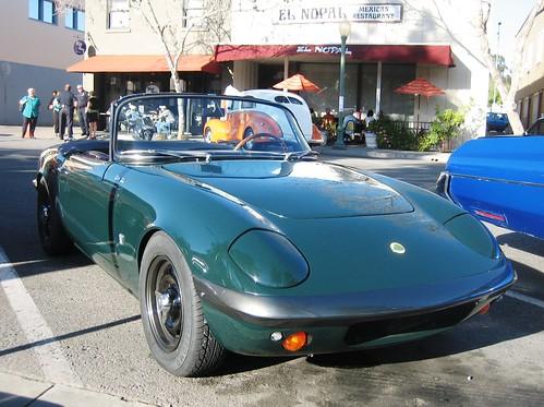 Lotus Elan S2. MG Midget middot; Lotus Elan S2