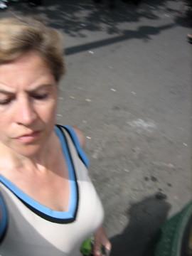 (27-4) biking around Paris