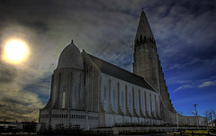 Hallgrmskirkja (Karnevil) Tags: church iceland bravo religion reykjavik hdr hallgrmskirkja leiferikson