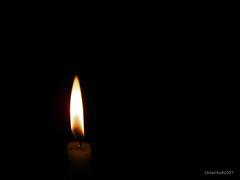 Hope (ihtatho) Tags: light dark hope candle