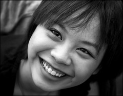 My 1st Black and White Portrait (vanessa so) Tags: beautiful women faces smiles worldwidewomen peopleinblackwhite portraitfaces flickrsmileys wowiekazowie