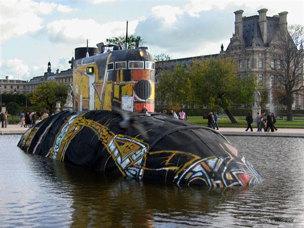 sous-marin au Jardin des Tuileries