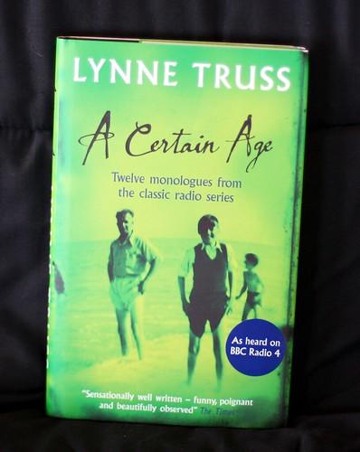 Lynne Truss book fan photo