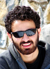 Xerxes (Khashayar) (Hamed Saber) Tags: portrait snow film sunglasses fashion movie beard geotagged persian flickr meetup iran teeth persia saber gathering iranian 300 tehran  hamed upcoming flickrmeetup xerxes farsi  flickrites  shemshak flickies khashayar          300themovie jeirood upcoming:event=154580 geo:lon=51479358 geo:lat=36002034