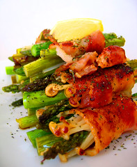 bacon wrapped asparagus & enoki (aloalo*) Tags: food green bacon lemon dish vegetable meat enoki blueribbonwinner supershot asaparagus