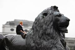 Pet (jakuza) Tags: london kid lion trafalgar