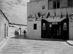 Vieste, Puglia, Italy (Renato A.) Tags: street bw delta100 vieste yellowfilter leicam6 summicron35 id1111