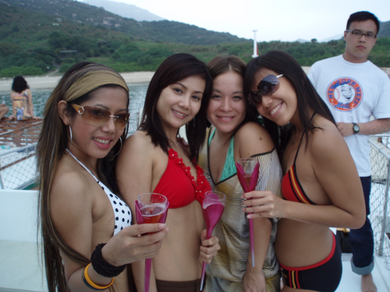 Thailand Babes on the beach presents an article for,Youths keen on learning safe sex
