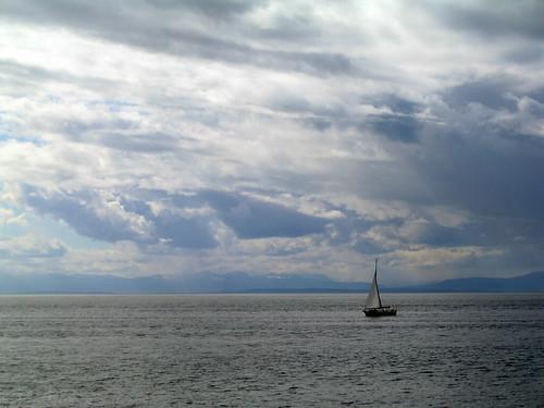 sea vancouver sailboat sailing yacht westvancouver lighthousepark georgiastrait