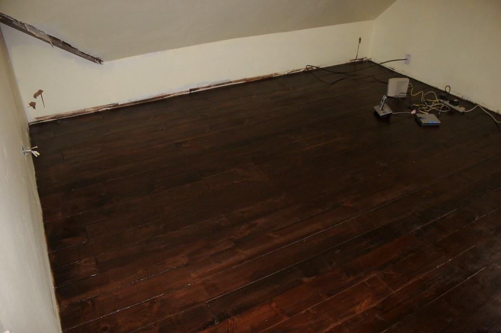 Floor with mahogany finish