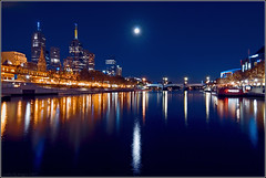 Moonlit Yarra (aumbody images) Tags: city bridge light moon colour water night buildings reflections river bravo cityscape searchthebest quality australia melbourne tokina1224 victoria yarra 30d yarrariver supershot magicdonkey outstandingshots spectnight aumbodyimages abigfave anawesomeshot travelerphotos diamondclassphotographer fickrdiamond bratanesque thepinnaclehof tphofweek54