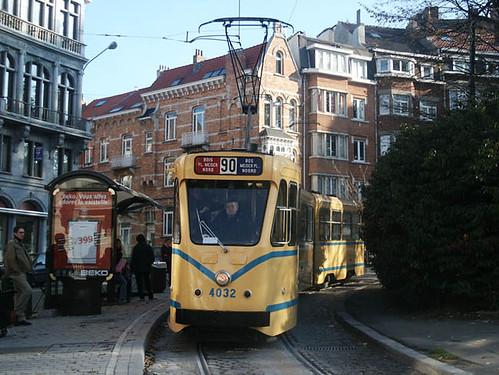 Tram 90