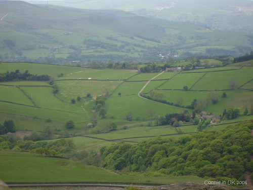 從 Stanage Edge 觀賞 Peak District 的景色