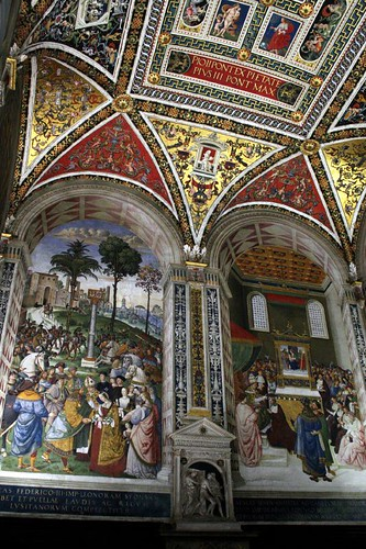 Frescoes in the Piccolomini Library (original colors!)