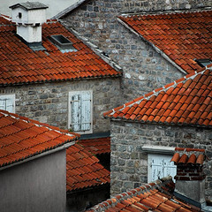 montenegro_geometry (flavijus) Tags: windows roof home nikon d70 geometry tele montenegro blueribbonwinner 70210mmf4556d flickrsbest 35faves 25faves fivestarsgallery superaplus aplusphoto adiatic