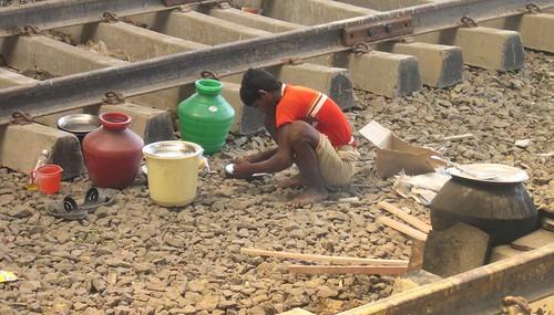Cooking between tracks