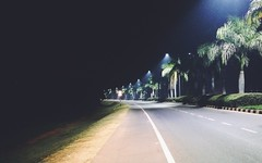 Midnight drives!! (Captured by Bachi) Tags: mobilephotography amateur nightdrive landscape landscaping trees apple iphone urbanlife dark live livelife nightphotography december ride night lights led beautiful highway roads new me road