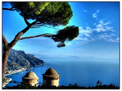 Ravello - Country - Italy (RayDS) Tags: travel sea vacation sky italy holiday tree church colors landscape coast photo europa europe italia campania amalficoast sony belltower villa dsc hdr ravello amalfi italians h5 rufolo annunziata rayds holidaysvacanzeurlaub holildaysvacanzeurlaub