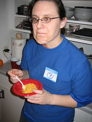 IMG_7566.JPG (monsterpants) Tags: birthday blue party colour megan birthdayparty macncheese synaesthesia truecolours colourparty birthday2007 synaesthesiaparty