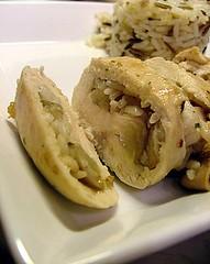 Involtini di pollo ripieni di funghi porcini e riso selvaggio