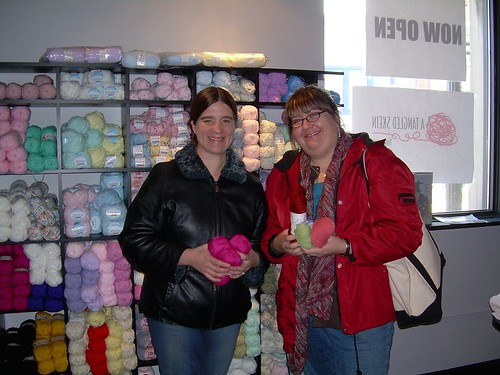 Jolene and Jody at A Tangled Skein