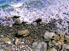 Glasklar....transparente (www.klaus-dolle-photographie.com) Tags: strand agua wasser playa steine sauber olas limpio piedras wellen aquatica klausdolle anawesomeshot