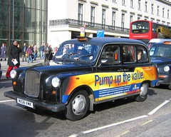 Pump up (Capturing snapshots) Tags: black london cab taxi fairway fx4 lti