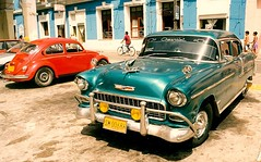 Chevy Bel Air (Cracas) Tags: 2001 slr chevrolet 35mm cuba nocrop canona1 sanctispiritus printscan specobject