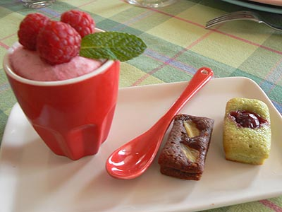 petite assiette de desseerts.jpg