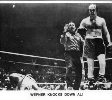 Chuck Wepner tras tumbar a Muhammad Alí