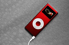 Buy Red! (frazer4eos) Tags: red cutout sylvie ipod ipodnano desired sigma2470 encarnado impressionsexpressions eos400d redproducts colourlicious buyred nanored