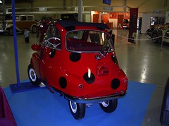 BMW Isetta mariquita back (DeFerrol) Tags: classic car bmw isetta