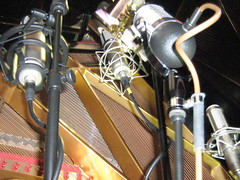 AEA r84 Peluso r14 Rode K2 Neumann u87 on a baby Grand Piano (soundweavers) Tags: piano grandpiano tubemic neumannu87 ribbonmic pianorecording aear84 pelusor14 rodek2