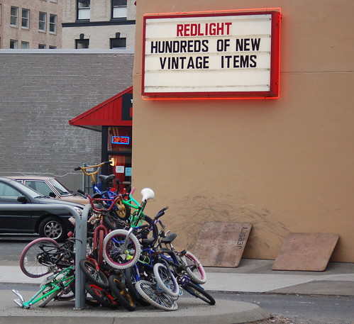 red_light_sign_stack_bikes_burnside_cropped
