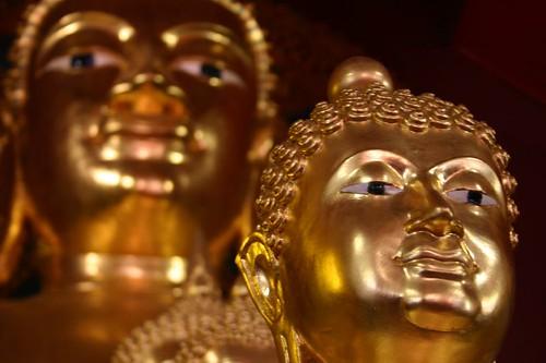 Wat Pra Singh, Chiang Mai, Thailand. April 2007.